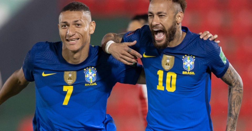 richarlison-neymar-paraguai-brasil-eliminatorias-08-06-2021_19oq4hvgijl7j1gdv5c39256ib